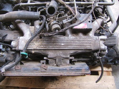 1981 Jaguar/Daimler V12 HE engine and auto box For Sale (picture 2 of 4)