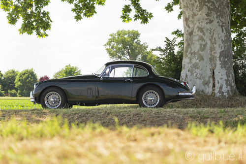 Jaguar XK150 FHC, 1957, British racing green For Sale (picture 1 of 6)