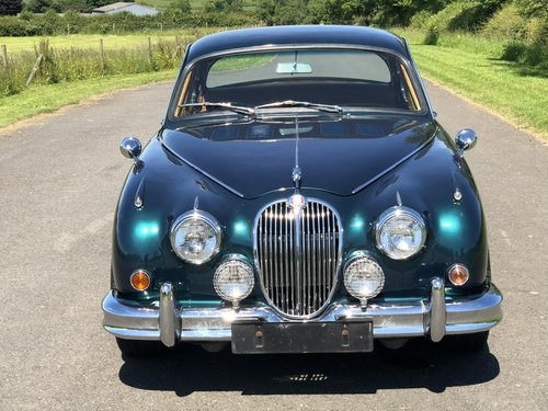 1961 Jaguar MK II Coombs Replica 4.2 Automatic SOLD (picture 2 of 6)