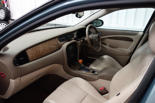 2007 Jaguar S-Type SE 2.7 D 50'000 miles fsh Immaculate. SOLD (picture 5 of 6)