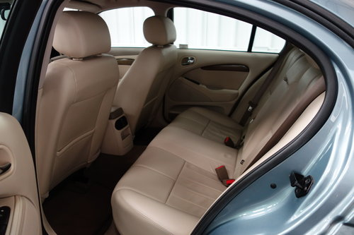 2007 Jaguar S-Type SE 2.7 D 50'000 miles fsh Immaculate. SOLD (picture 6 of 6)