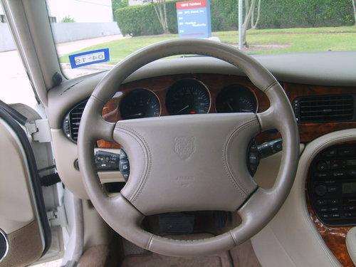 1999 Jaguar XJ8 Sedan For Sale (picture 4 of 6)