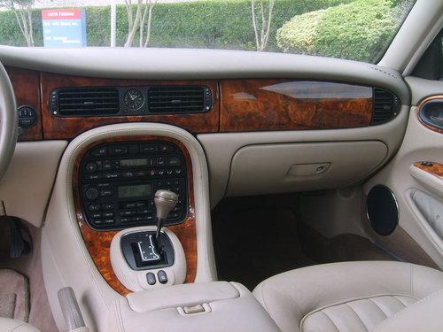 1999 Jaguar XJ8 Sedan For Sale (picture 6 of 6)