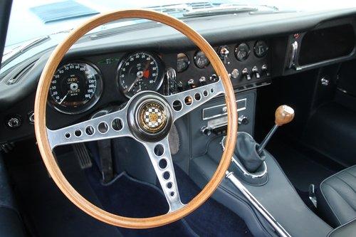 1964 Jaguar E Type S1 FHC / nut and bolt restauration For Sale (picture 3 of 6)