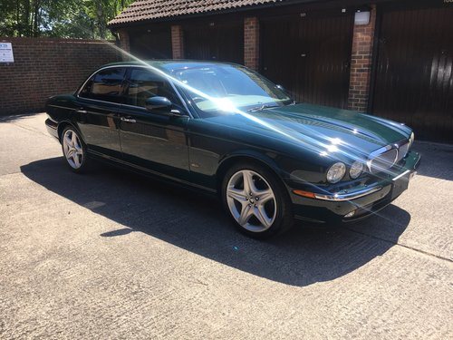 2007 Jaguar XJ8 4.2 only 31k miles and absolutely stunning! For Sale (picture 1 of 6)