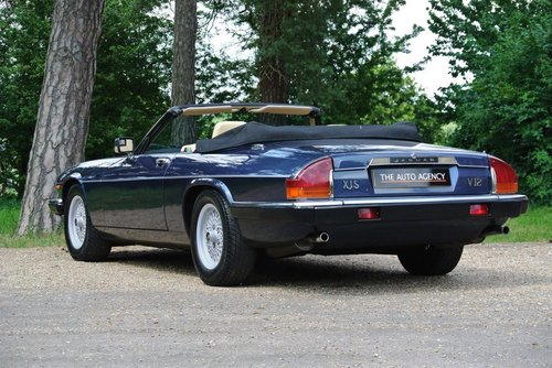 1990 JAGUAR XJS V12 **EXTENSIVE SERVICE HISTORY FILE** For Sale (picture 2 of 6)