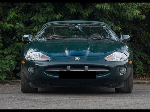 1997 JAGUAR XK8 CONVERTIBLE BRG/DOESKIN 62k Miles For Sale (picture 4 of 6)