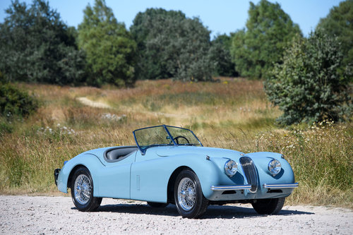 1954 JAGUAR XK120 SE ROADSTER LHD SOLD (picture 1 of 6)
