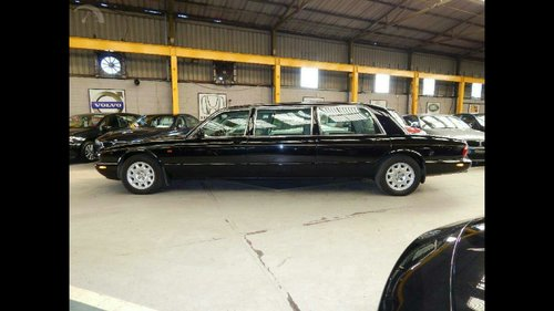 2002 Stunning limosine by eagle xj6 For Sale (picture 2 of 6)