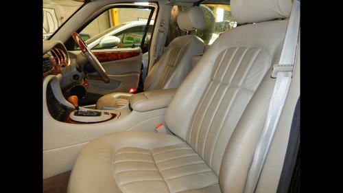 2002 Stunning limosine by eagle xj6 For Sale (picture 5 of 6)