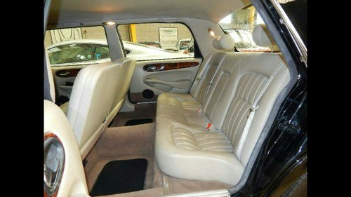 2002 Stunning limosine by eagle xj6 For Sale (picture 6 of 6)