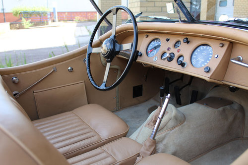 1955 Jaguar XK140 MC Roadster For Sale in London ( LHD  SOLD (picture 6 of 6)