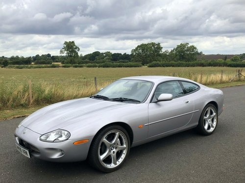 2000 (W) Jaguar XKR Silverstone Coupe SOLD (picture 1 of 6)