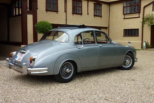 1961 Jaguar LHD MK2 3.8L manual For Sale (picture 3 of 4)