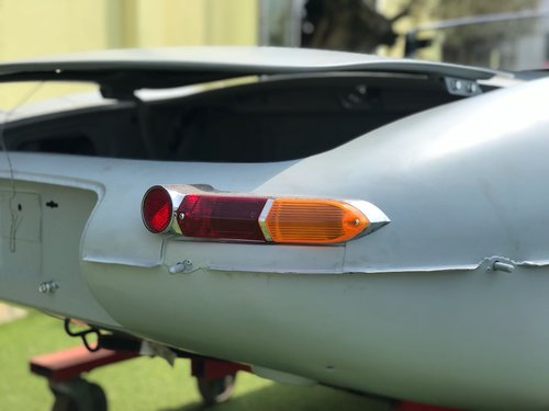 1970 JAGUAR E-TYPE CUSTOM PROJECT CAR For Sale (picture 2 of 6)