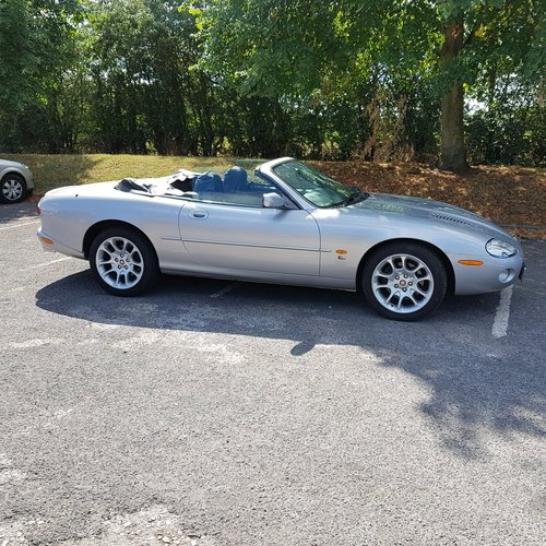2001 JAGUAR XKR CONVERTIBLE For Sale (picture 2 of 6)
