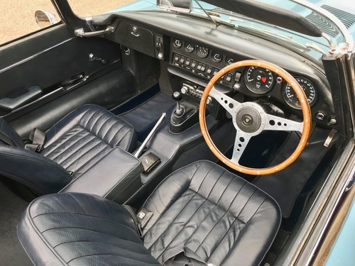 1969 JAGUAR E-TYPE S2 ROADSTER, U.K. RIGHT-HAND DRIVE SOLD (picture 3 of 6)