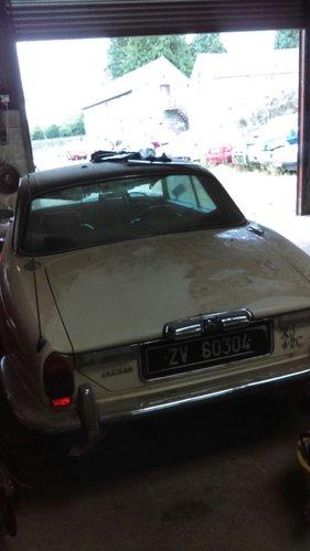 1975 Jaguar XJ6C 4.2 For Sale (picture 3 of 4)