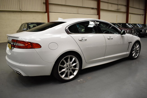2013 2 owner car with full service history For Sale (picture 2 of 6)
