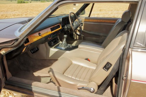 1983 Jaguar XJ- SC 3.6 litre with Manual Transmission For Sale (picture 2 of 6)