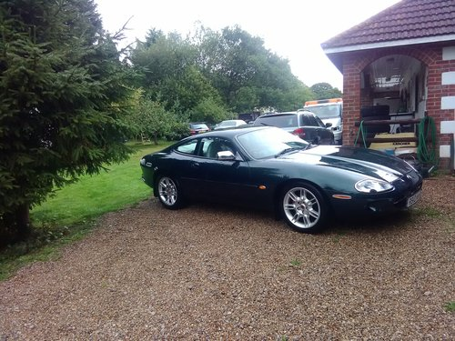 Jaguar xk8 coupe 1997 in exceptional condition For Sale (picture 1 of 6)