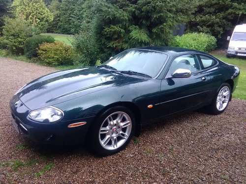 Jaguar xk8 coupe 1997 in exceptional condition For Sale (picture 2 of 6)