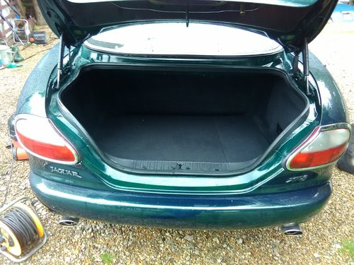 Jaguar xk8 coupe 1997 in exceptional condition For Sale (picture 6 of 6)