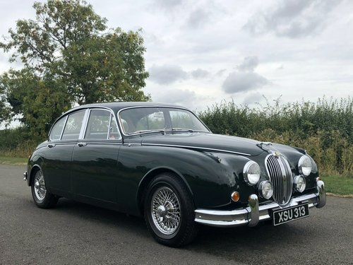 1961 Jaguar MK II 3.8 Manual Overdrive SOLD (picture 3 of 6)