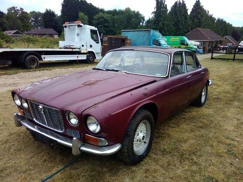 1970 Jaguar xj6 4.2 S1 Triple carb Restoration project For Sale (picture 2 of 6)