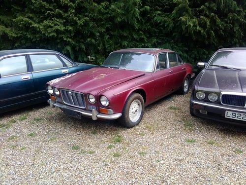 1970 Jaguar xj6 4.2 S1 Triple carb Restoration project For Sale (picture 5 of 6)