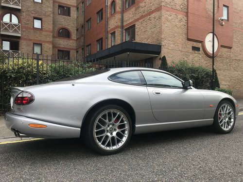 2005 IMMACULATE FULY PROVENANCED XKR -S WITH ONLY 23,350m FJSH For Sale (picture 3 of 6)