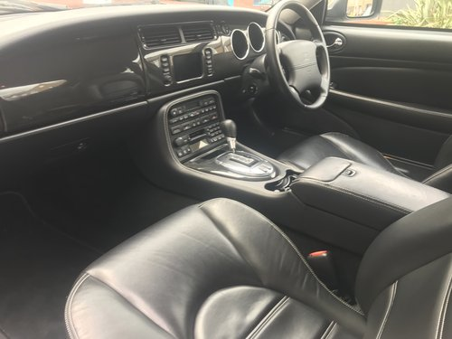 2005 IMMACULATE FULY PROVENANCED XKR -S WITH ONLY 23,350m FJSH For Sale (picture 4 of 6)