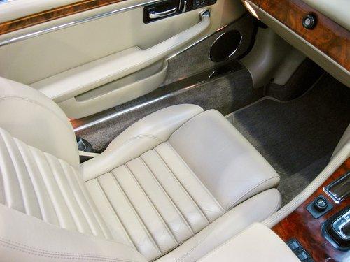 1993 Jaguar XJS 5.3L V12 Convertible For Sale (picture 6 of 6)