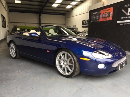 2005 Jaguar XKR 4.2 V8 Supercharged 2dr Convertible For Sale (picture 1 of 6)