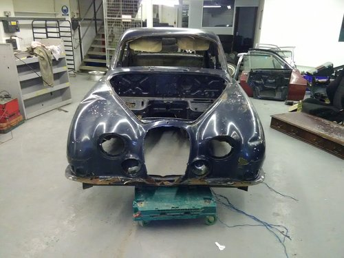 1965 Jaguar S TYPE body shell For Sale (picture 1 of 6)