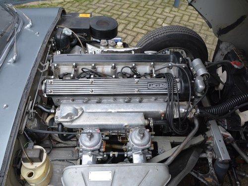 1969 Jaguar E-Type 4.2 Convertible Series 2 black plate car, matc For Sale (picture 4 of 6)