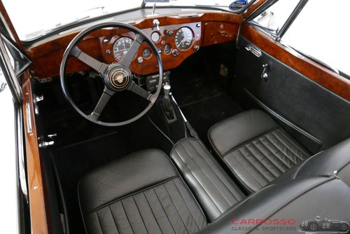 Jaguar XK 140 DHC 1956 Beautiful car with matching numbers For Sale (picture 3 of 6)