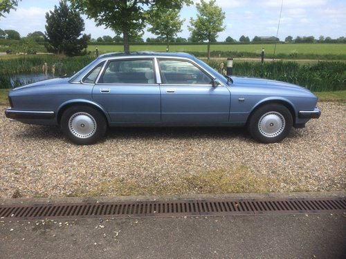 1986 Jaguar XJ6. 1 owner, 24000 miles. For Sale (picture 3 of 6)