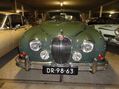 1962 Jaguar MK2 -3.4 ltr For Sale (picture 1 of 6)