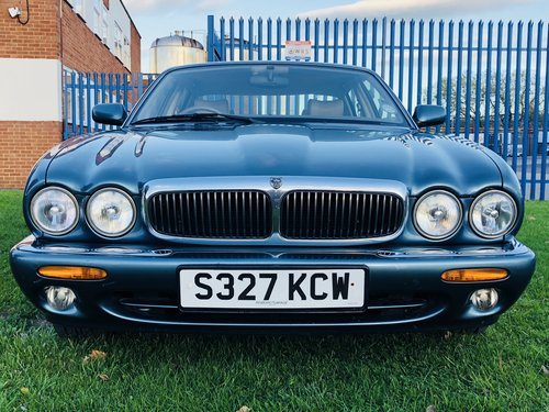 1998 JAGUAR XJ8 3.2 - FANTASTIC LOW MILEAGE EXAMPLE SOLD (picture 3 of 6)