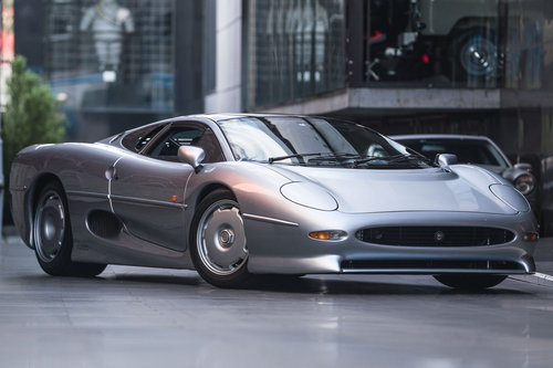 1993 Jaguar XJ-220 (Euro taxes paid) For Sale (picture 1 of 6)