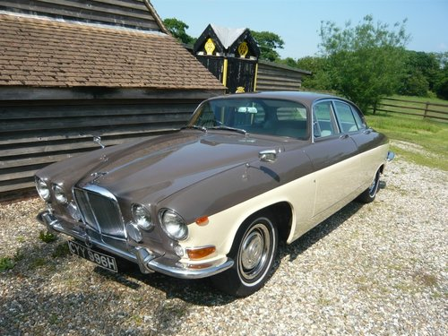 1970 Jaguar 420G Automatic Saloon. For Sale (picture 1 of 6)