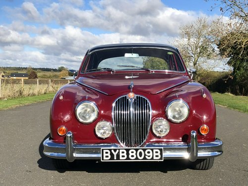 1964 Jaguar MK II 3.4 Manual / Overdrive SOLD (picture 2 of 6)