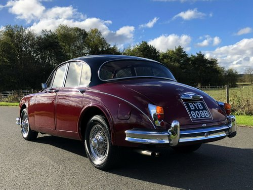 1964 Jaguar MK II 3.4 Manual / Overdrive SOLD (picture 4 of 6)