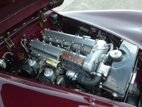 1952 Jaguar XK120 Roadster SOLD (picture 2 of 6)