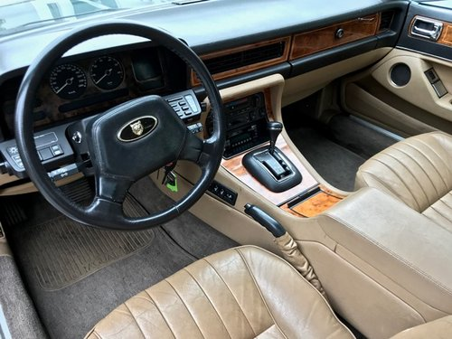 1988 JAGUAR XJ40 SOVEREIGN 3.6 LTR For Sale (picture 4 of 6)