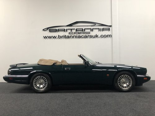 1994 Jaguar XJS Convertible 6.0 V12 For Sale (picture 2 of 6)