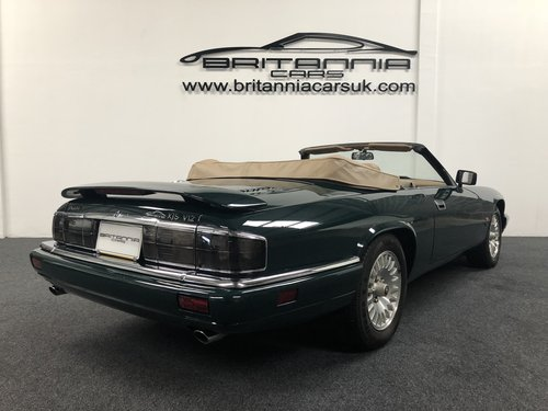 1994 Jaguar XJS Convertible 6.0 V12 For Sale (picture 3 of 6)