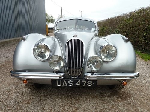 XK120 FHC 1953  For Sale (picture 4 of 6)