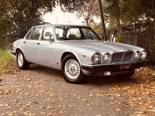 1983 JAGUAR SOVEREIGN 4.2 For Sale (picture 1 of 6)